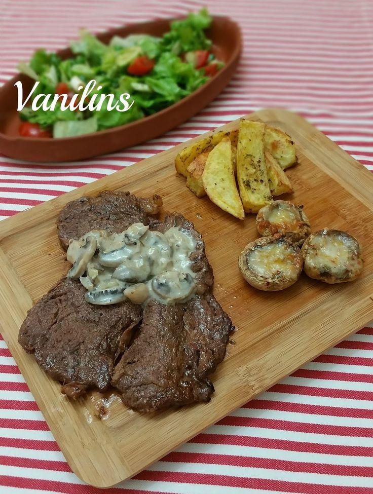 Mantar Soslu Biftek   Antrikot   Antrikot Biftek     Bu akşam hafta sonuna yakışır nefis bir tarifim var..   Bu tür tarifleri uygularken...