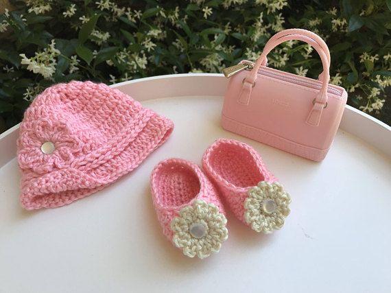 Baby hat and booties crochet baby hat baby sleepers Xmas