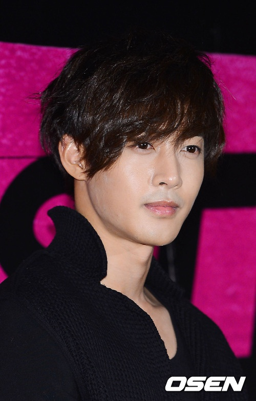 Kim Hyun Joong at Jacksal is Coming VIP premier