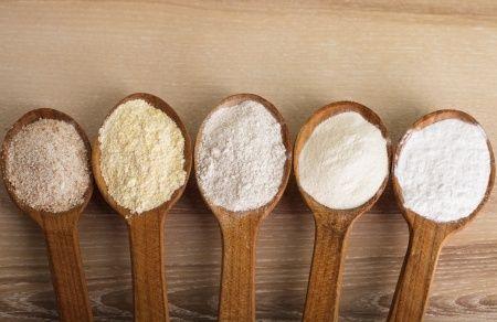 Spiegate nel dettaglio dalla dietista Tomaselli, tutte i tipi di farina presenti nei nostri supermercati che possiamo utilizzare per dolci, pizza e pasta.