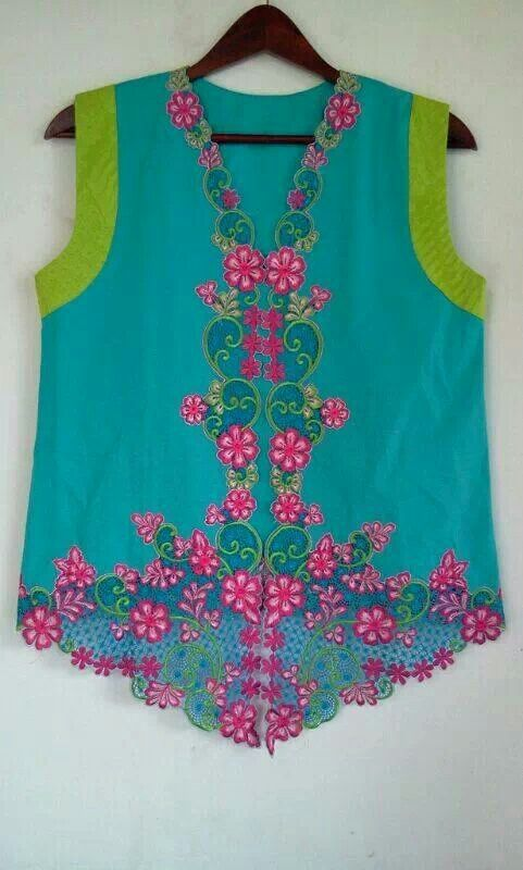 nv from Nink Bharada Butik #kebaya embroidery vest
