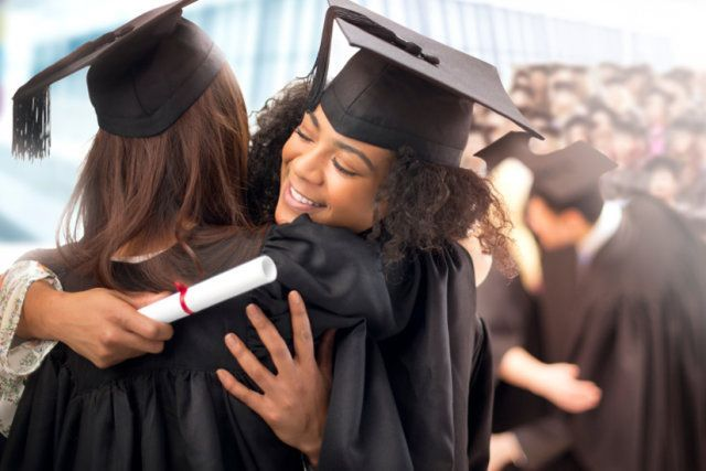 How to Throw a Graduation Party on a Budget - #budget #graduation #party #throw - #DecorationGraduation