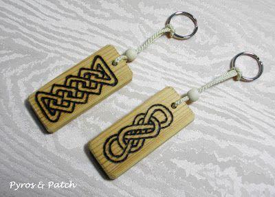 """Pyros & Patch: Accessori """"Infinito""""..."""