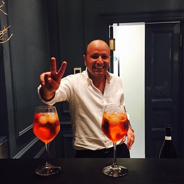 #rg @keystone88 ciao #Rome welcoming glasses of #aperolspritz at the hotel at check in! Our night shift is begininng... And it is awesome, isn't it? even if you arrive very late at night, you will find Gerardo cheering and welcoming you! #thefifteenkeyshotel #fifteenkeys #feelshomey #rionemonti #roma #italy #night #nightshift #nightreceptionist #receptionist #team #TFKHTeam