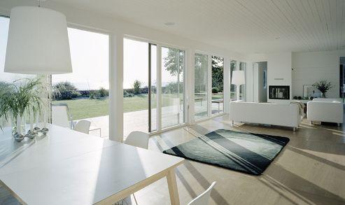 VELFAC 200i är vår moderna, stilrena fönsterserie. Med en unik, innovativ konstruktion får du kvalitativa fönster, med marknadens största dagsljusinsläpp