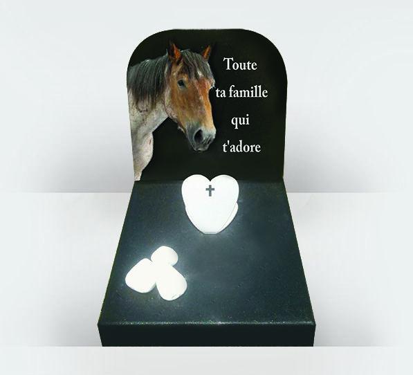Monument funéraire pour cheval