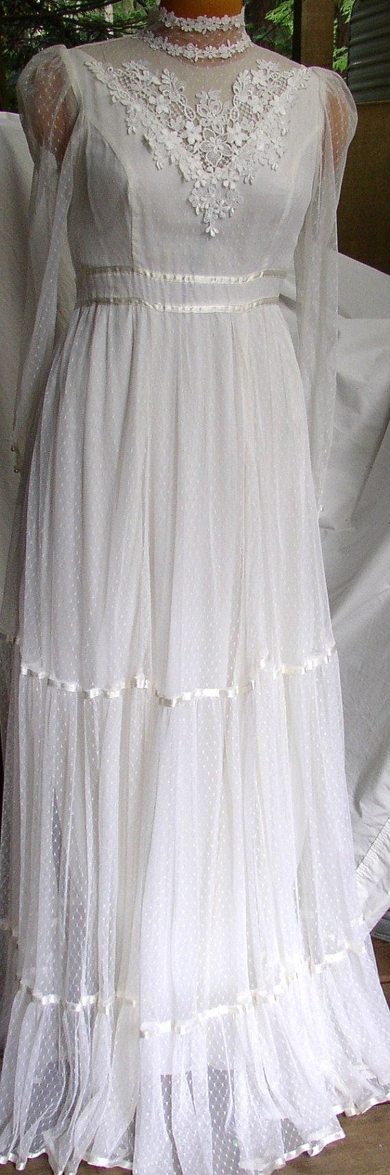 1970s Gunne Sax. I have two vintage Gunne Sax by Jessica McClintoc.
