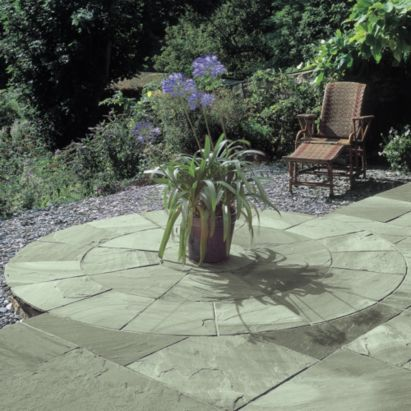 Bradstone Natural Sandstone 2 Ring Circle - Autumn Green, 2.4m diameter, 5015111075507
