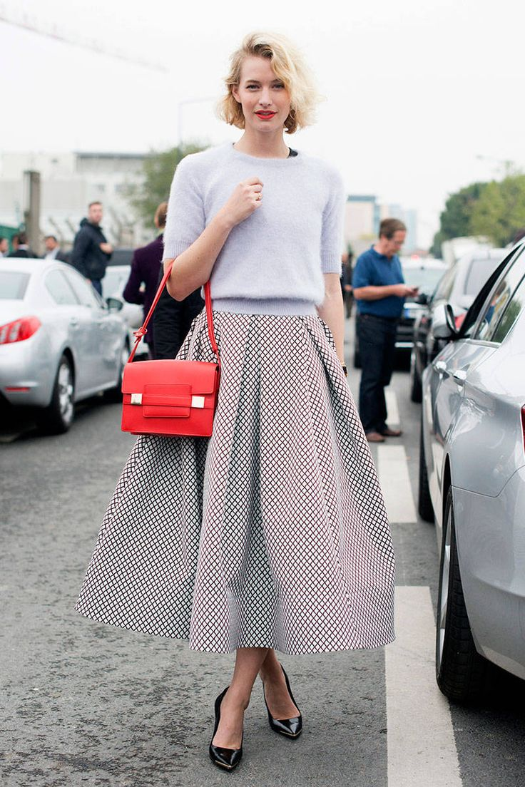7 Editor Styling Tips to Make You Look Thinner - Fashion Tips on How to Look Thinner - ELLE
