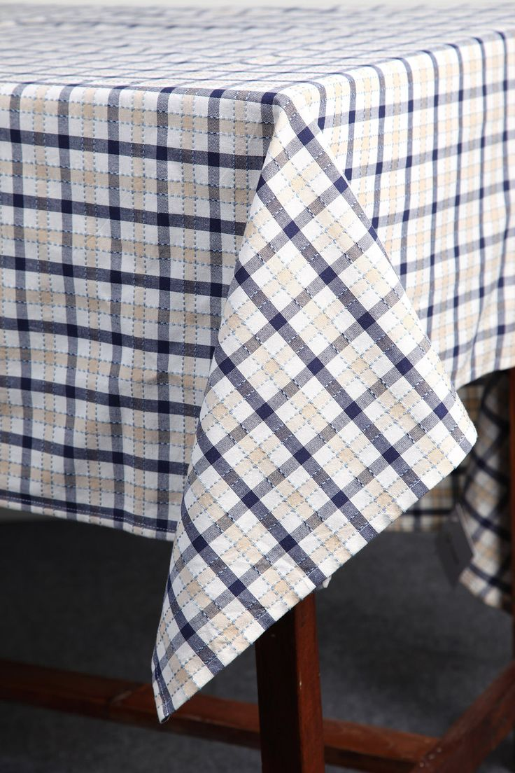 Checked Table Cloth with a Dobby Stitch by Suraaj Linens