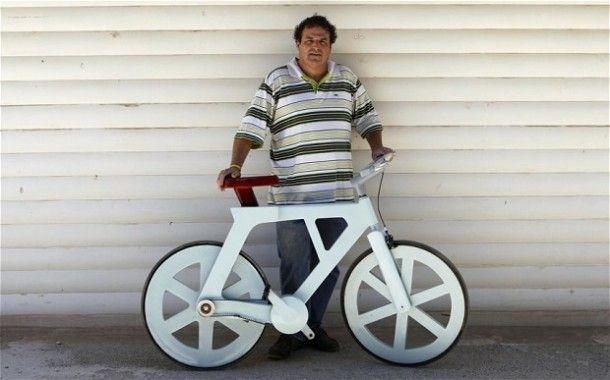 Um inventor Israelita criou uma bicicleta feita de cartão. O preço final deverá rondar os $20 o que tornará esta bicicleta muito acessível para países que não têm tantas possibilidades. Mas o vídeo a seguir explica-nos como é que tudo se concretizou.