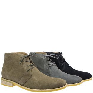Sahara by Via Veneto is back!! Last time around we just could not get enough of this fab suede desert boot, get in while stock lasts! Available at Rosenberg Shoes in black, charcoal and taupe, and sizes AU 13 - 19 (EEE)