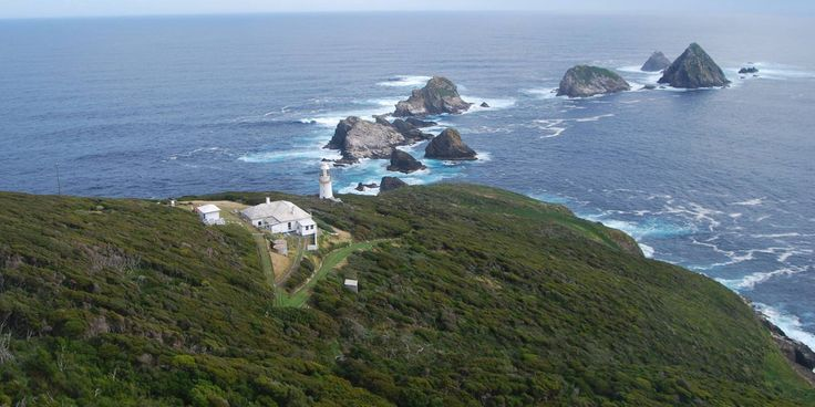This Tasmanian Island Will Give Any Couple Willing To Move There A House And Job  - CountryLiving.com