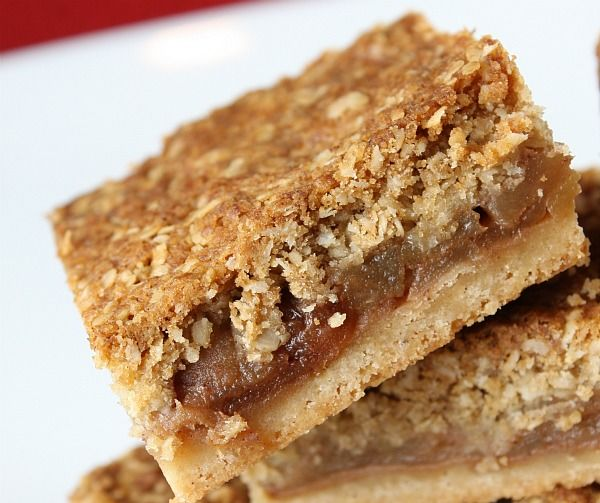 These delicious little fall bars are reminiscent of eating a slice of Apple Pie. Photograph included.
