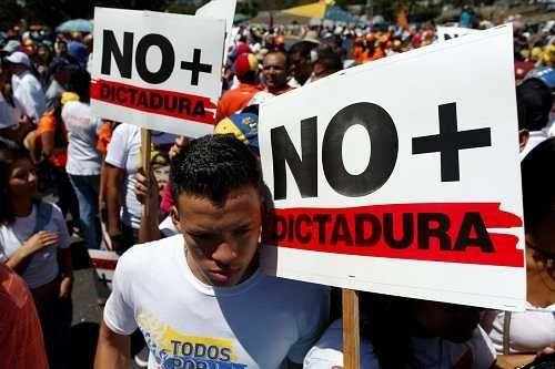 Amnistía Internacional denunció la estrategia perversa del chavismo para encerrar a la gente por lo que piensa