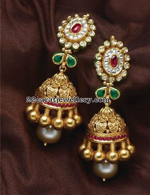 Simple Necklace with Kundan Jhumkas