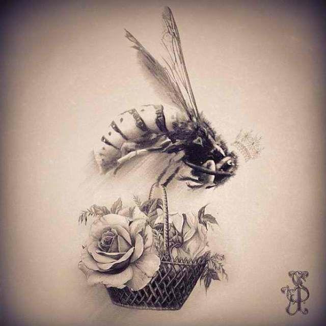 Vintage Queen Bee Tattoo #queenbee #roses