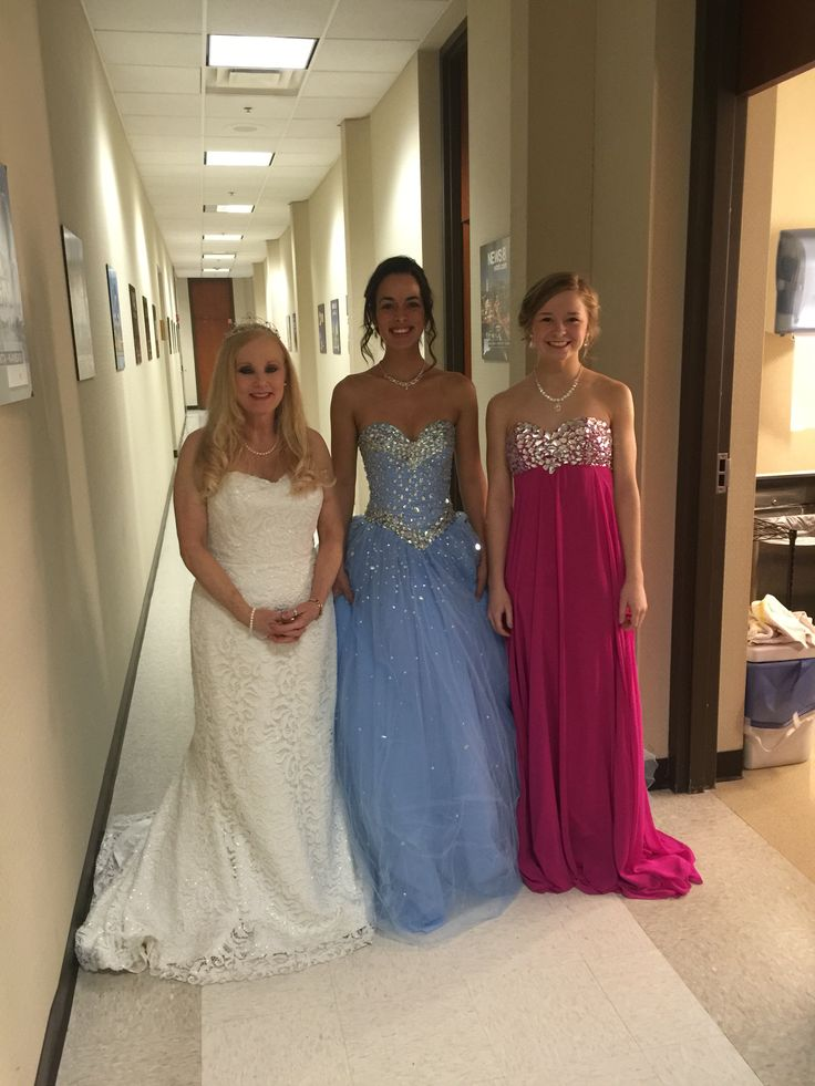 We just left the Indy Style Show on Channel 8 where we were invited to show case our GORGEOUS Gowns & all the money we're saving customers in Indy.  We're changing Indy one GORGEOUS Gown at a time.  Designer Consigner Boutique 6329 S. Mooresville Road Indianapolis 317-856-6370 317-979-9628-text option  #Indiana #Indianapolis #Indy #DesignerGowns #DesignerDresses #Formals #FormalGowns #FormalDresses #Prom #PromDresses #PromGowns #Prom2016 #Prom2K16 #MilitaryBalls #Pageants #PageantDresses