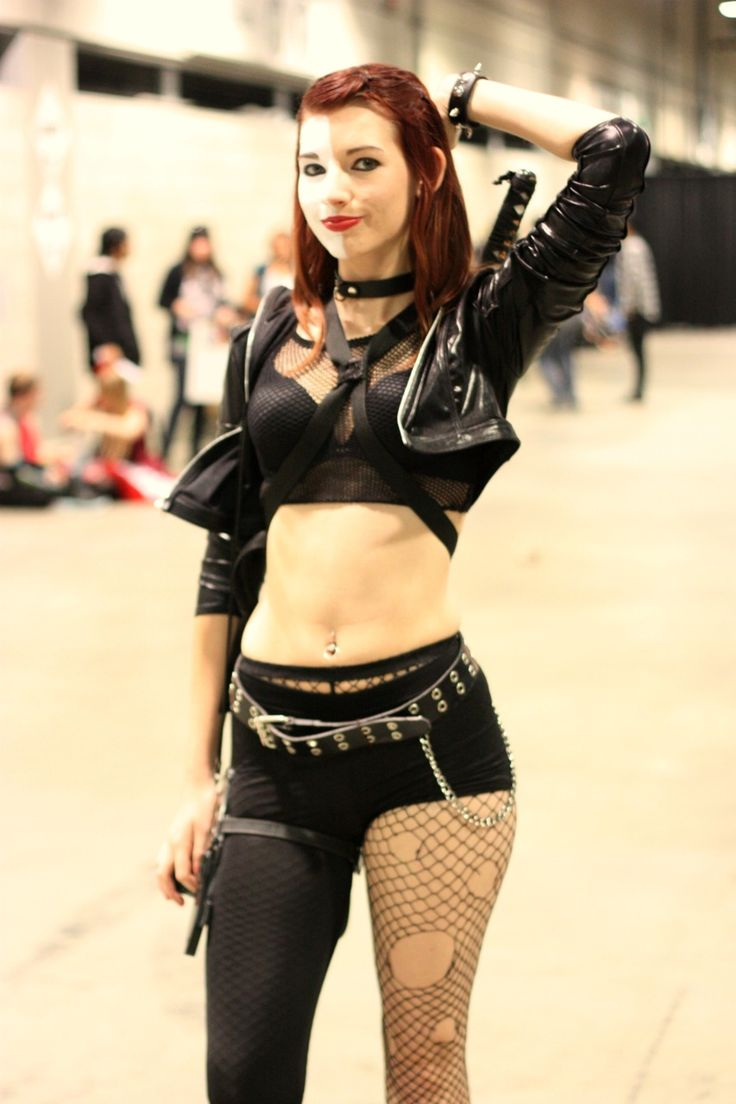 mary marvel cosplay Typhoid