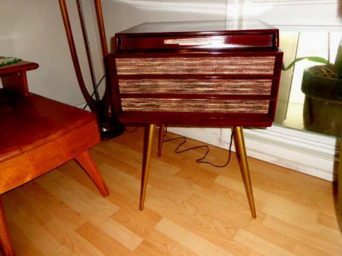 Mid Century Modern RCA Phonograph 1957   Midcentury modern