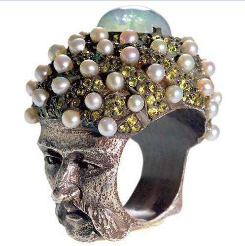 Sevan Bicakci pearl ring
