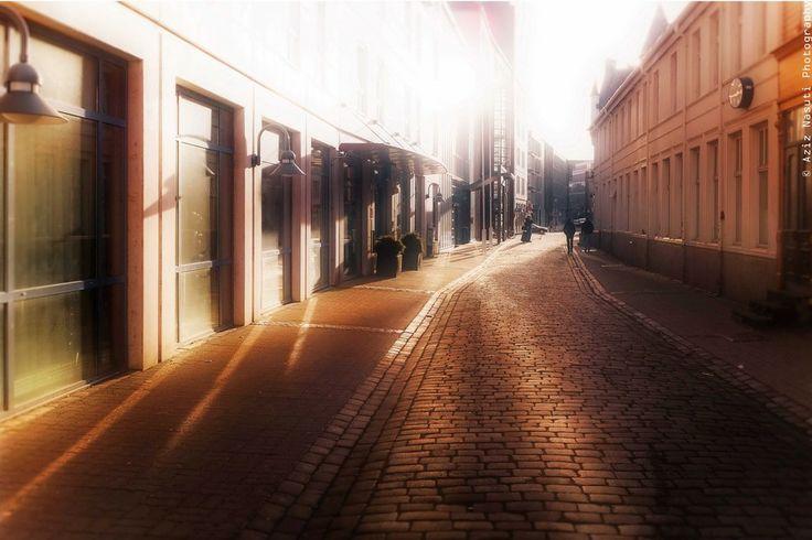 Pleasing lights of the street!  by Aziz Nasuti on 500px