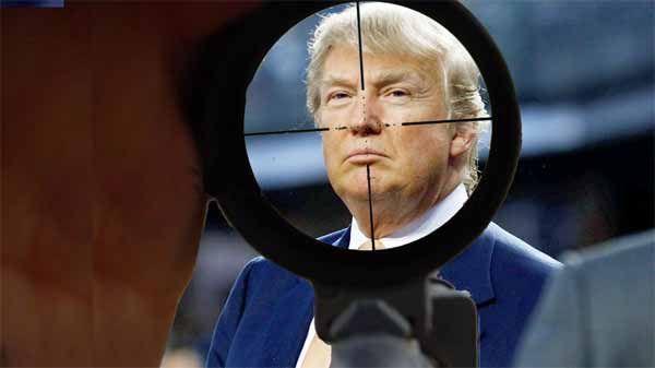 Plans d'Assassinat de Trump révélés ! Tom Heneghan Tom Heneghan a fait un débriefing hier soir. Son interview avec Stew Webb a été interrompue 4 fois en 40 minutes! C'est à cause d'une des plus grosses infos bombastiques que Tom a larguées dans ce briefing. Tom parle du complot de l'Office of Naval Intelligence (ONI) …