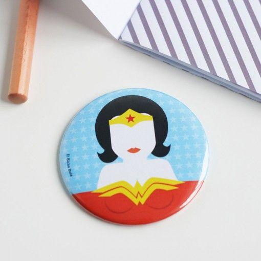 """Espejo – """"Wonderwoman"""" ARTISTA – El Bicho Bola SERIE – Superheroes"""