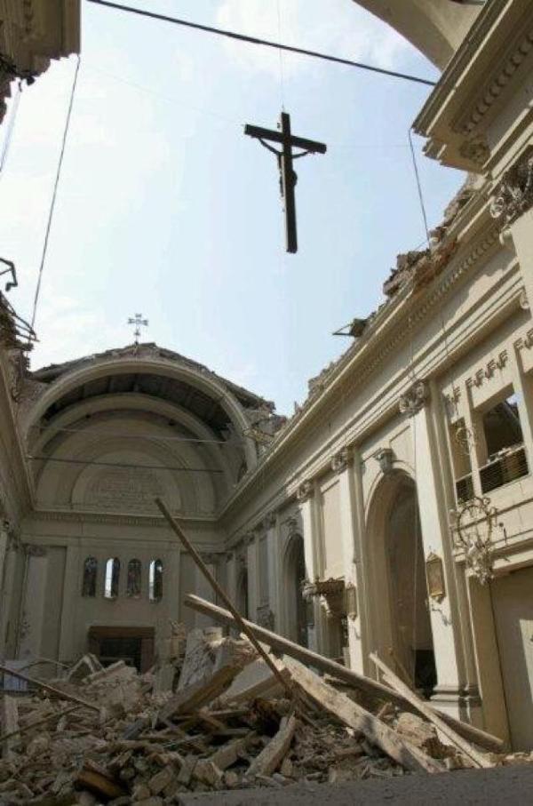 Cavezzo la chiesa o meglio quel che rimane della chiesa