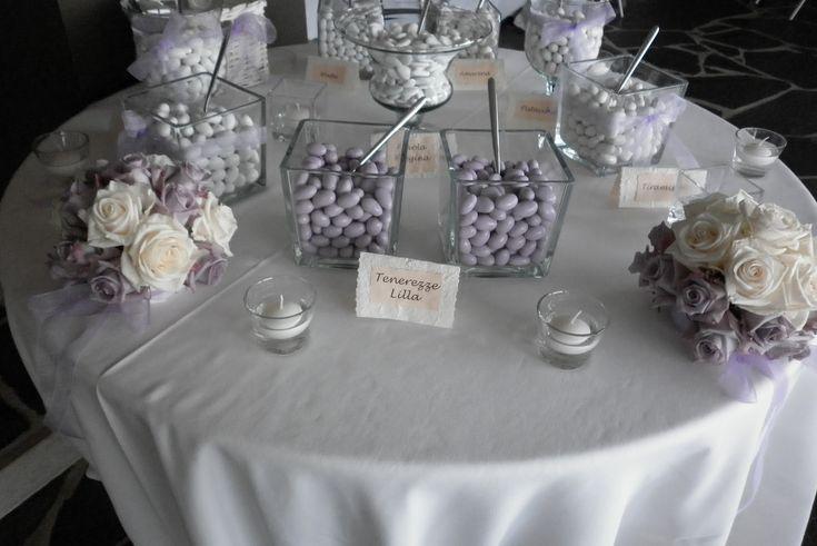 Tavolo confettata con scelta del colore lilla. #confettata #tavoloconfettata