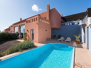 Villa i Caleta de Fuste (El Castillo) med 2 sovrum för 6 personerSemesterhus i Caleta de Fuste (El Castillo) från @homeaway! #vacation #rental #travel #homeaway