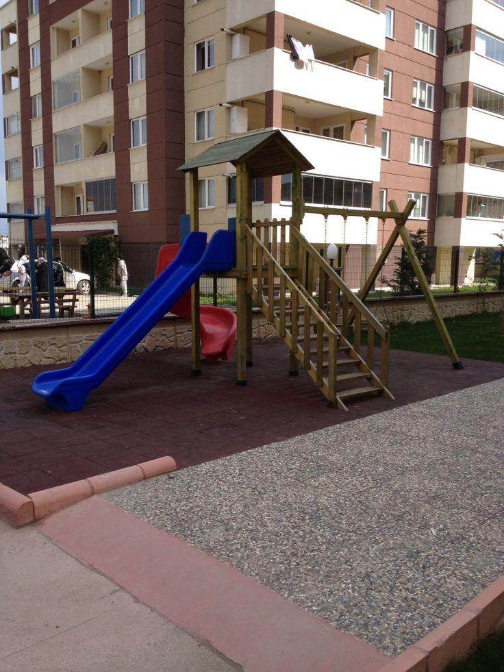 İki Kaydırak İki Salıncaklı Oyun Parkı,Ay-Go, Ahşap Oyun Parkları,Ay Geliştirici Oyuncaklar - Bursa