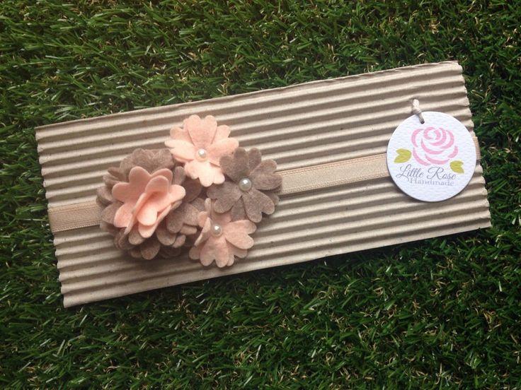 Fascia elastica per capelli a fiori, by Romanticards e Little Rose Handmade, 6,50 € su misshobby.com