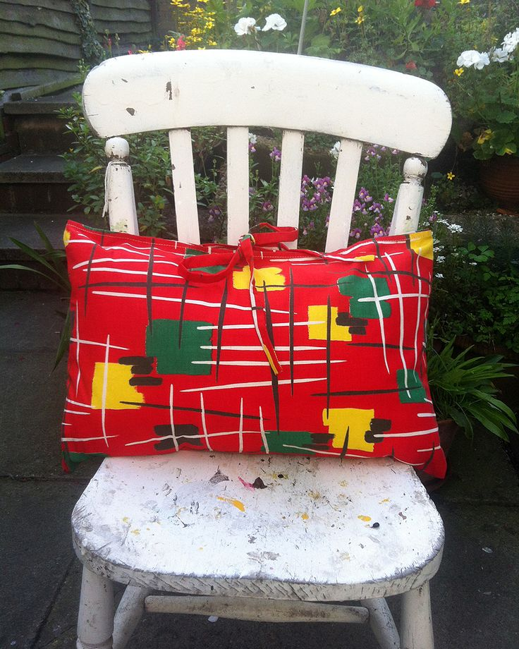 Vintage Oblong Cushion, 1950's vibrant Red, Yellow and Green fabric. Handmade item Materials: Vintage Cotton, Cotton, 1950 Red Fabric, Red 1950 Fabric, Multicoloured Fabric Ships from United Kingdom. https://www.etsy.com/uk/listing/205149476/vintage-oblong-cushion-1950s-vibrant-red?ref=shop_home_active_3