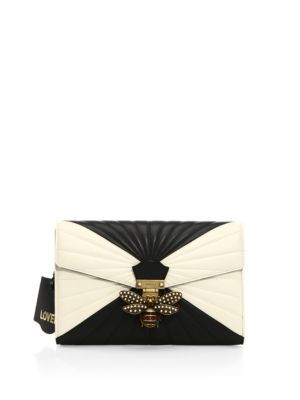GUCCI Quilted Leather Clutch. #gucci #bags #lining #clutch #suede #crystal #hand bags #