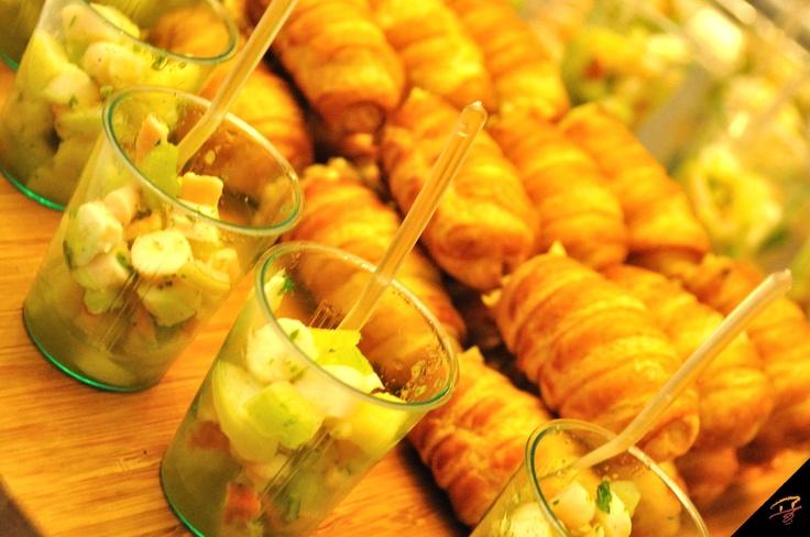 cannoncini salati con mousse di tonno e insalata di piovra