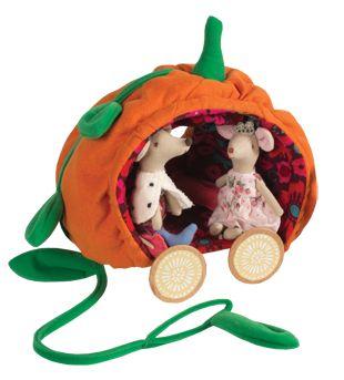 Pumpkin pull-along carriage