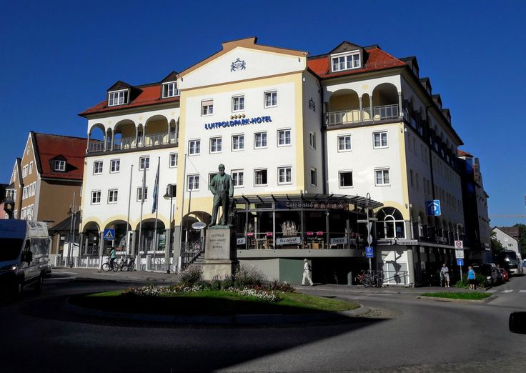 Luitpoldpark Hotel in Füssen - Perfekt organisierter Städtetrip dank Travador - Walking on Clouds - Luxus Reiseblog und Foodblog aus München