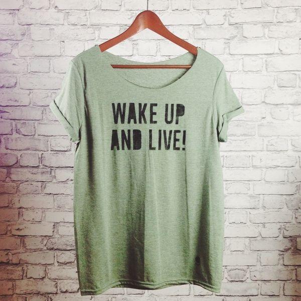 gshirt (wake up) von gegoART auf DaWanda.com