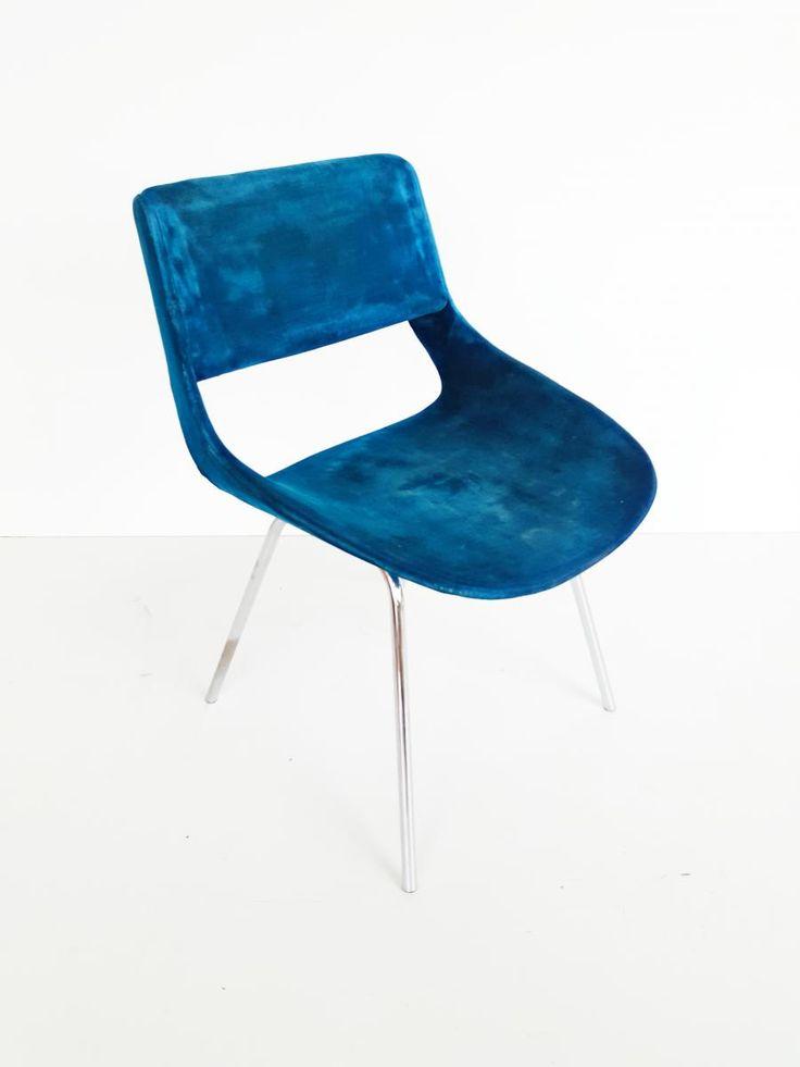 Italian Blue Velvet Chair, 1960s 2