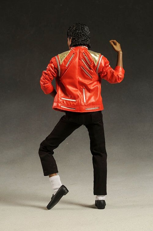 Michael jackson beat it hot toys michael jackson for Three jackson toy