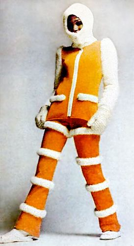 We all admire the crazy/sexy fashions of Star Trek, Barbarella and Buck Rogers. But the era of Moon landings and space dreams gave rise to tons of amazing fashions. There was spacesuit chic, robot glamour and alien loveliness.