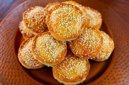 Как приготовить Мини-пироги с мясом и рисом