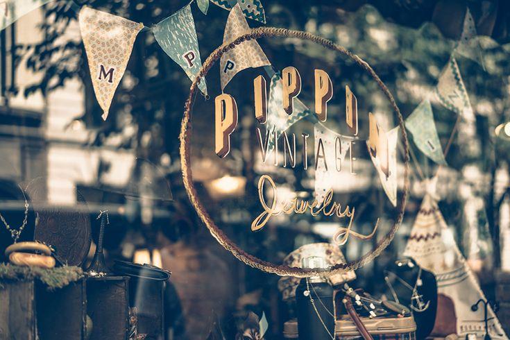 Pippin Vintage Jewlery, New York.