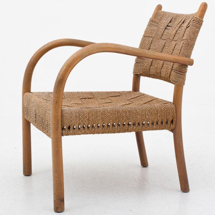 Armchair in beech