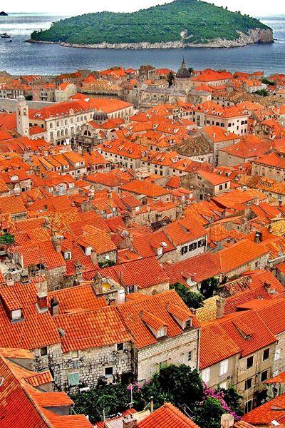 魔女の宅急便の舞台になったアドリア海の真珠『ドブロブニク旧市街