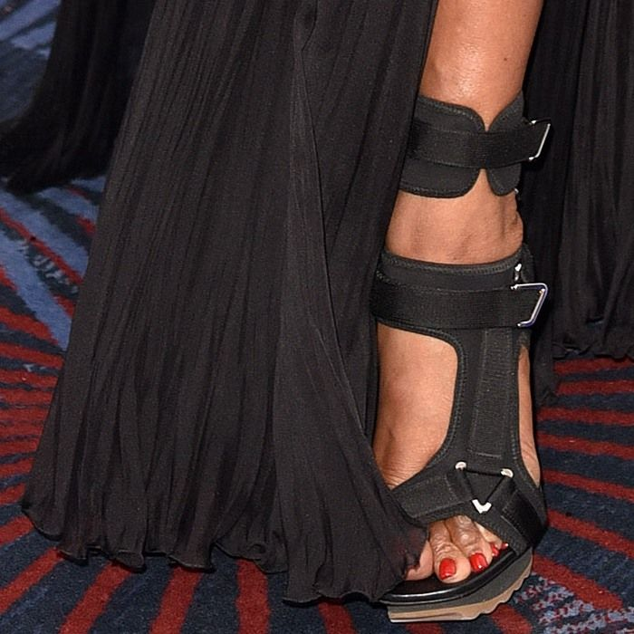Naomi Campbell wearing black heels at Chain of Hope Gala Ball at Grosvenor House, on November 18, 2016 in London, England
