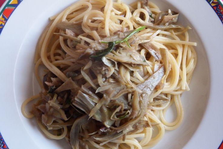 #spaghetti #carciofi #capperi #ricette #primi #primipiatti #italianrecipe #recipe #spaghettirecipe #capers #artichokes #food #foodporn #instafood #instagood #foodpics #photooftheday #photooftheweek #foodgasm #healtyfood #cook #cooking #yum #yummy #eat #eating #tagsforlikes #dinner #lunch #pasta #sharefood #homemade #hungry #tagstagramers
