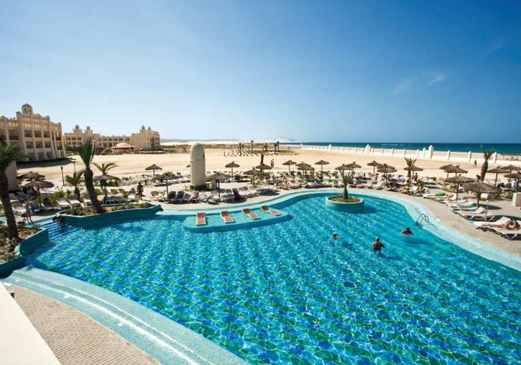 ClubHotel Riu Karamboa - Outdoor pool