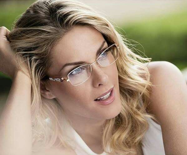 #glasses #Ana_Hickmann #prime_optics #eyewear  Facebook: Optical House  Twitter: @opticalhousegen  Instagram: @opticalhousegen  Pinterest: Optical House Gen  Tumblr: @opticalhousegen  Web site: www.opticalhousegen.wix.com/opticalhouse Blog: www.opticalhousegen.wix.com/blogedition